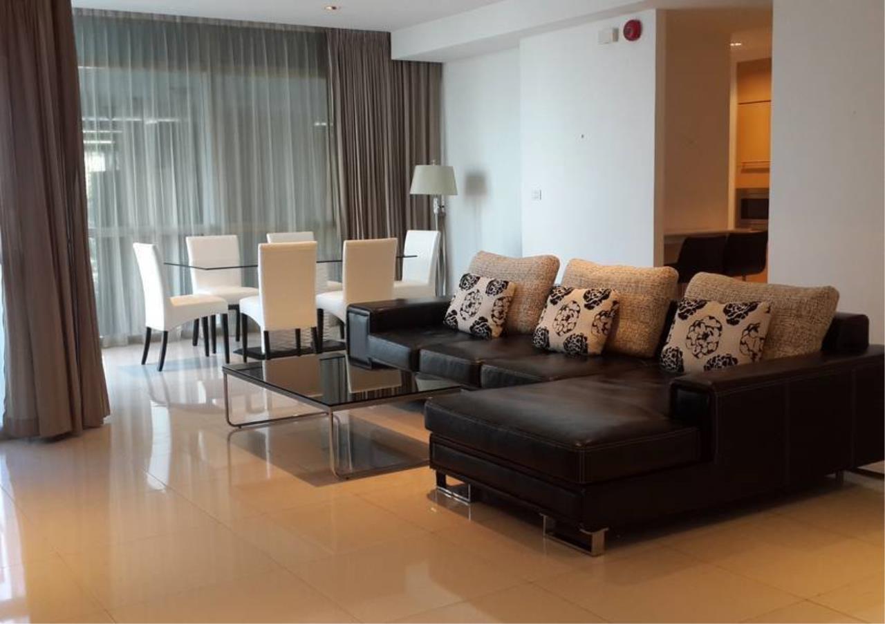 Bangkok Residential Agency's 2 Bed Condo For Rent in Phloenchit BR6704CD 1