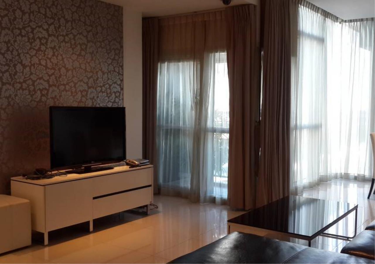 Bangkok Residential Agency's 2 Bed Condo For Rent in Phloenchit BR6704CD 2