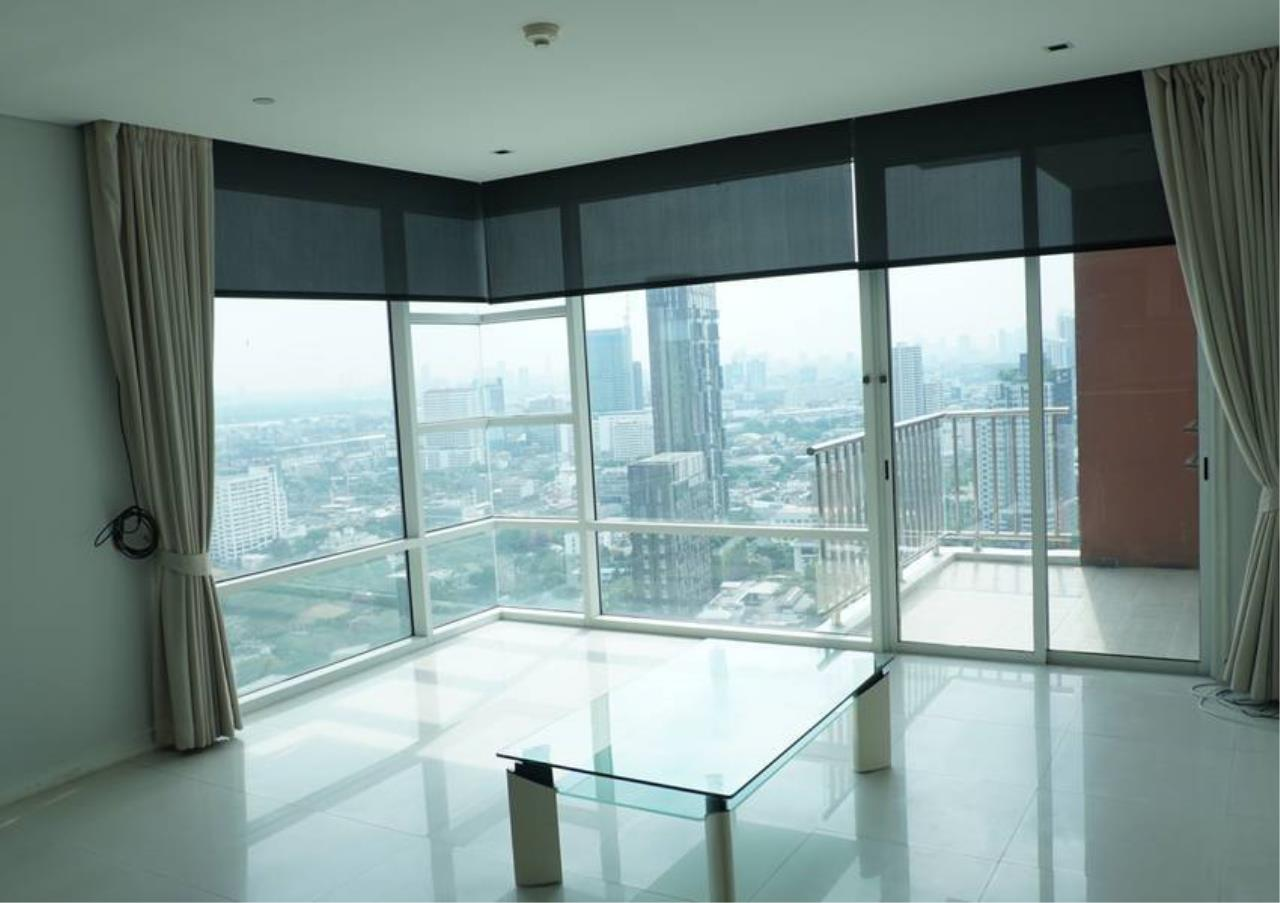 Bangkok Residential Agency's 3 Bed For Sale in Ekkamai BR6745CD 1