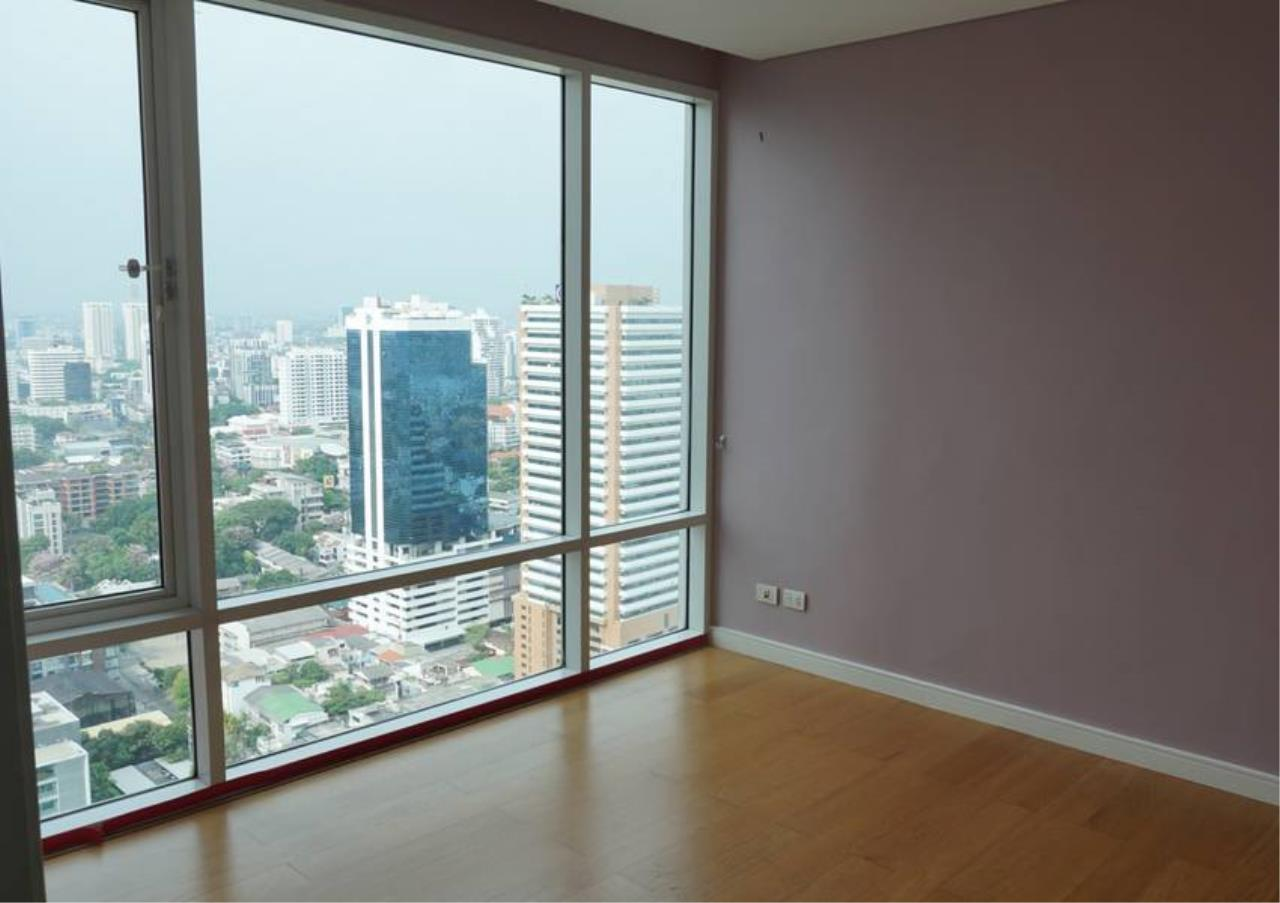 Bangkok Residential Agency's 3 Bed For Sale in Ekkamai BR6745CD 5