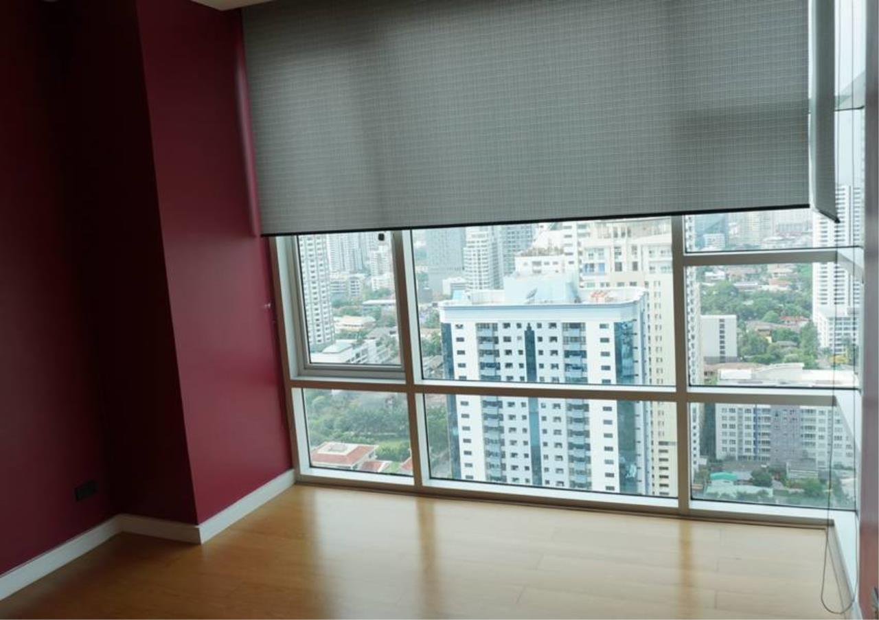 Bangkok Residential Agency's 3 Bed For Sale in Ekkamai BR6745CD 6