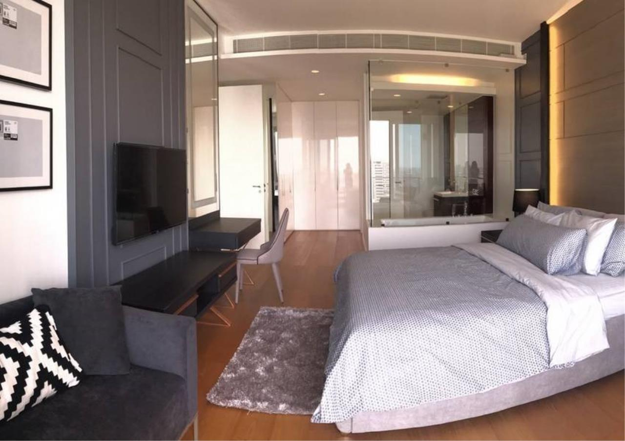 Bangkok Residential Agency's 2 Bed Condo For Rent in Ratchadamri BR6753CD 5