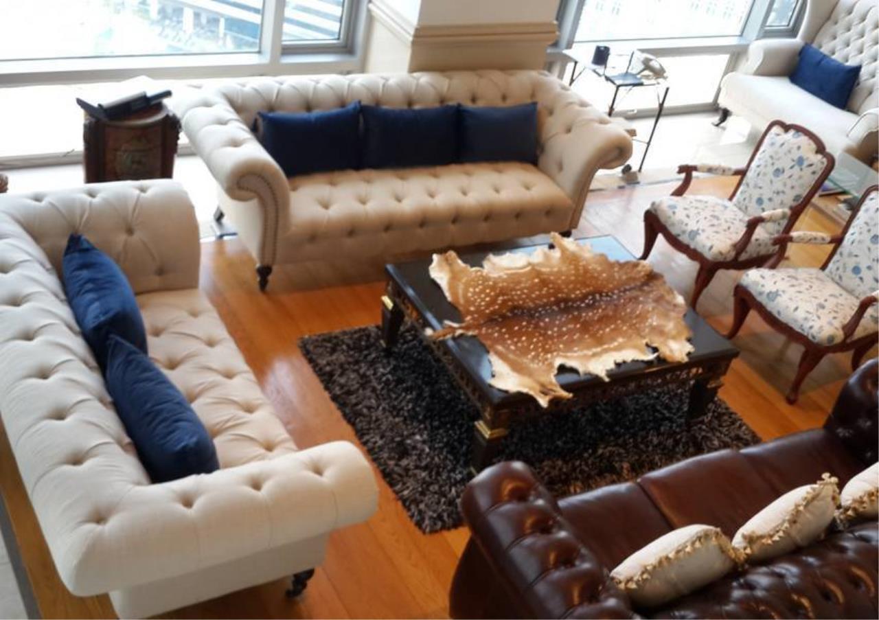 Bangkok Residential Agency's 4 Bed Penthouse For Rent in Phloenchit BR6763CD 1