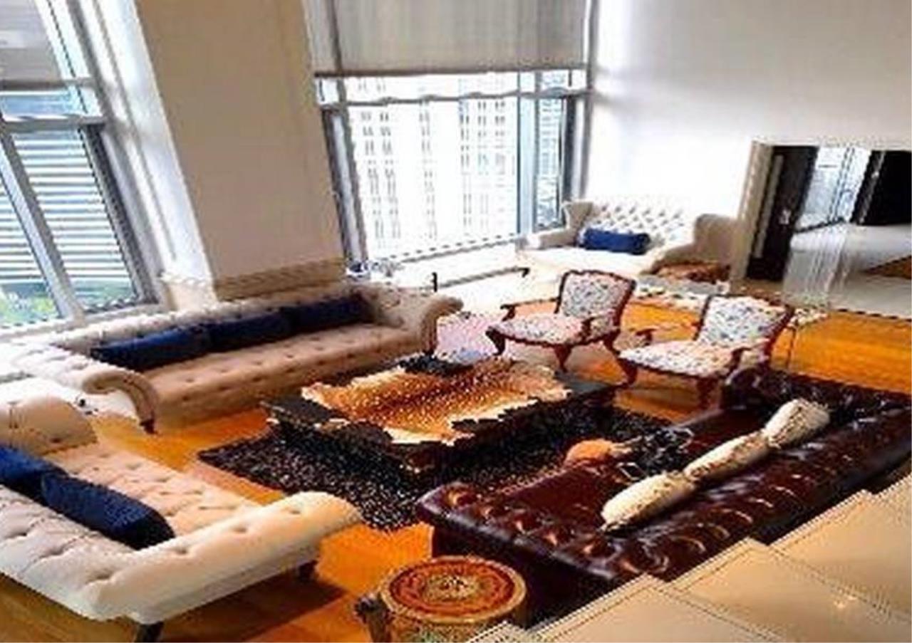 Bangkok Residential Agency's 4 Bed Penthouse For Rent in Phloenchit BR6763CD 2