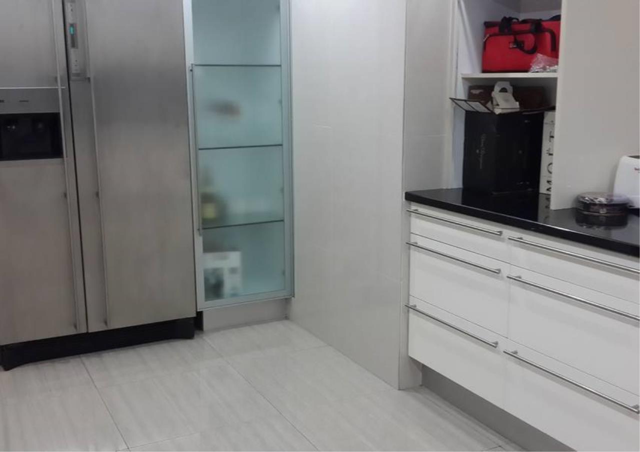 Bangkok Residential Agency's 4 Bed Penthouse For Rent in Phloenchit BR6763CD 4