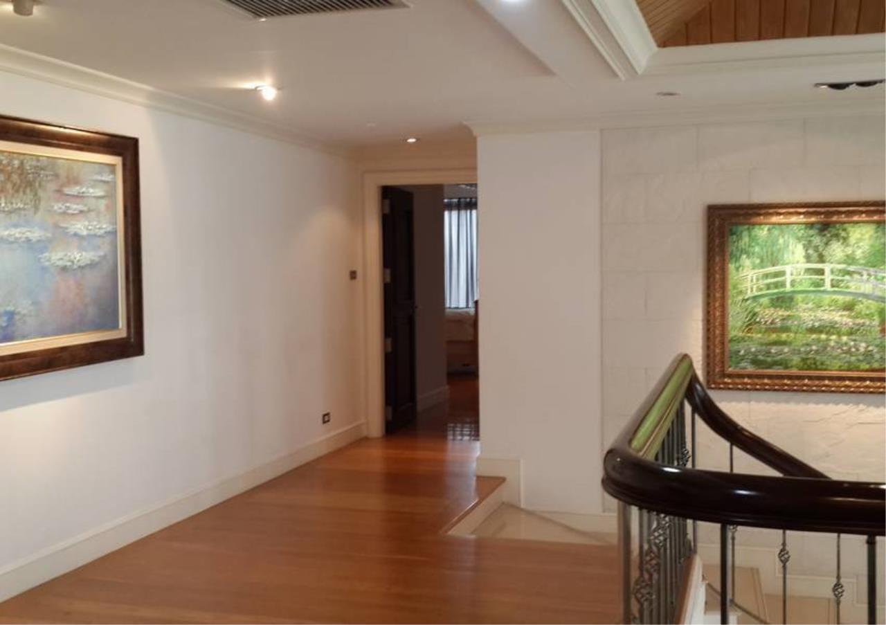 Bangkok Residential Agency's 4 Bed Penthouse For Rent in Phloenchit BR6763CD 6