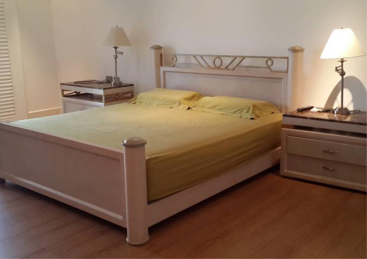 Bangkok Residential Agency's 4 Bed Penthouse For Rent in Phloenchit BR6763CD 8