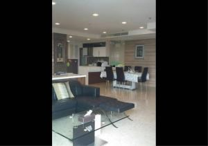Bangkok Residential Agency's 2 Bed Condo For Rent in Ekkamai BR6766CD 14