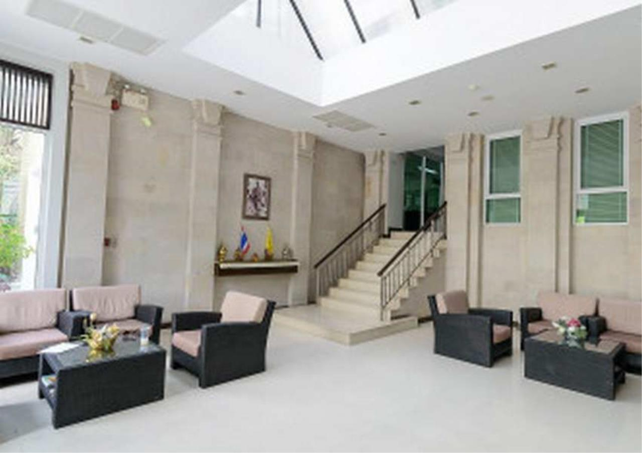 Bangkok Residential Agency's 3 Bed Penthouse For Rent in Ekkamai BR6767CD 5