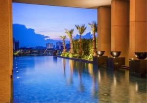Bangkok Residential Agency's 2 Bed Condo For Sale in Ratchadamri BR6768CD 16