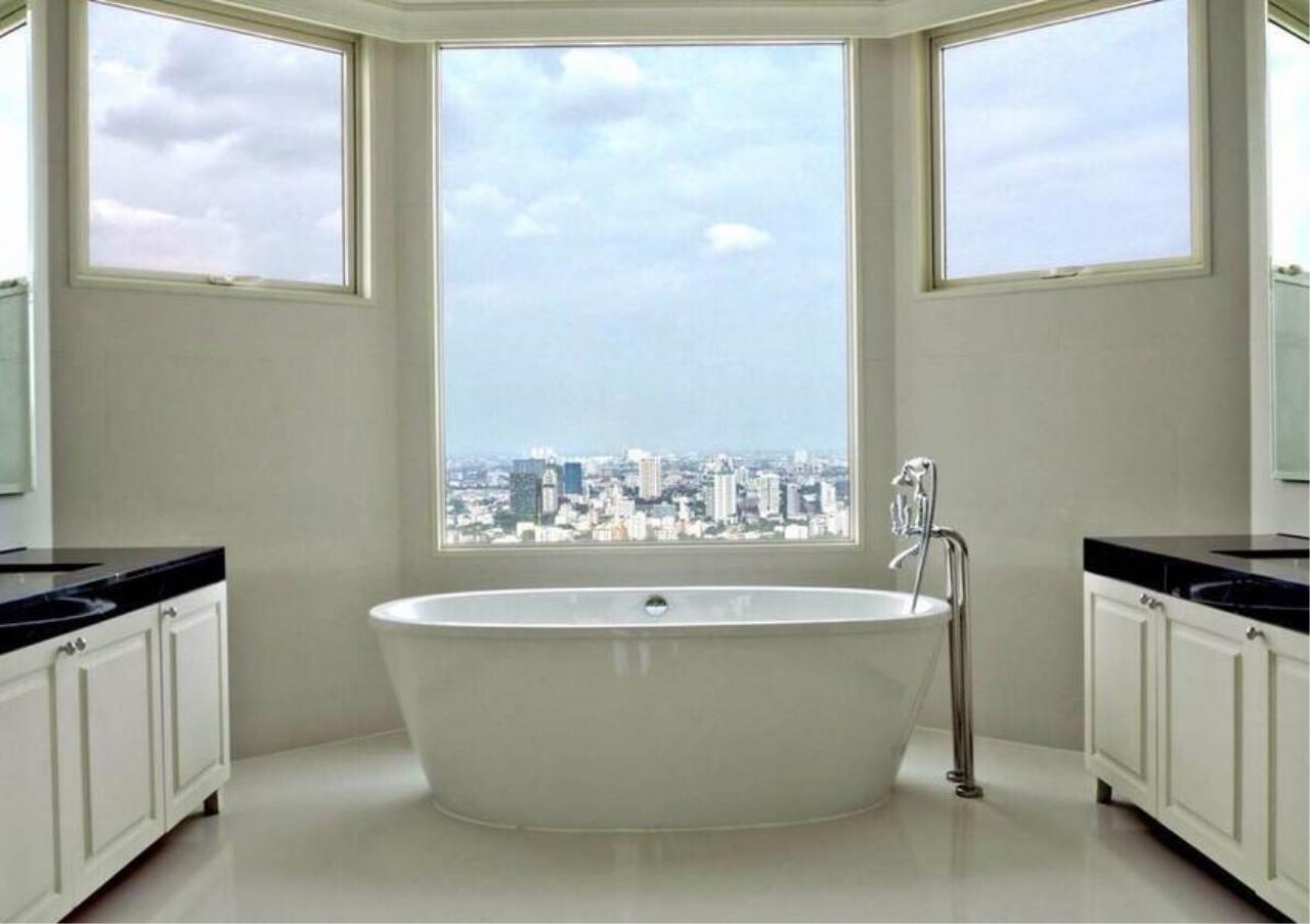 Bangkok Residential Agency's 5 Bed Penthouse For Sale in Phrom Phong BR6770CD 1