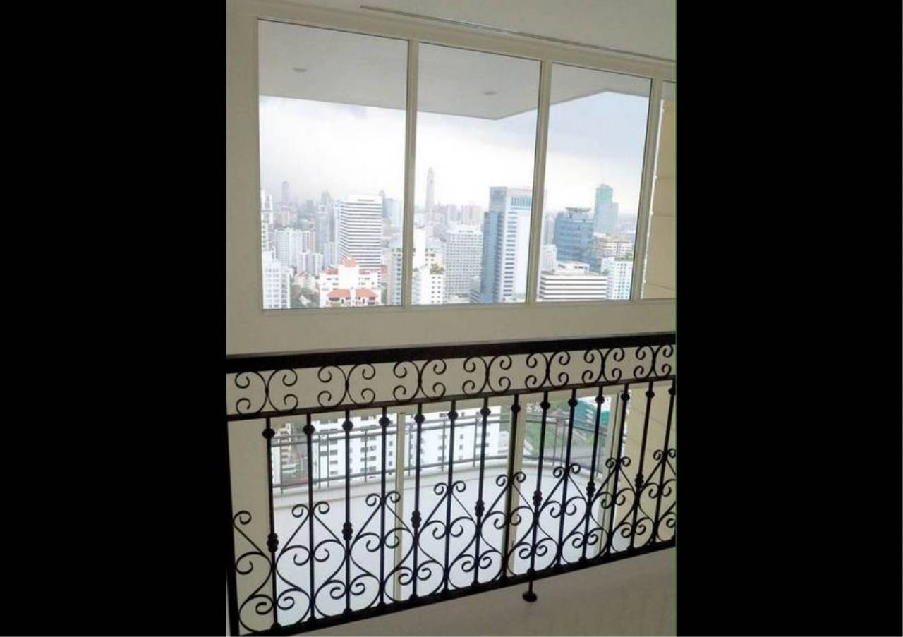 Bangkok Residential Agency's 5 Bed Penthouse For Sale in Phrom Phong BR6770CD 2