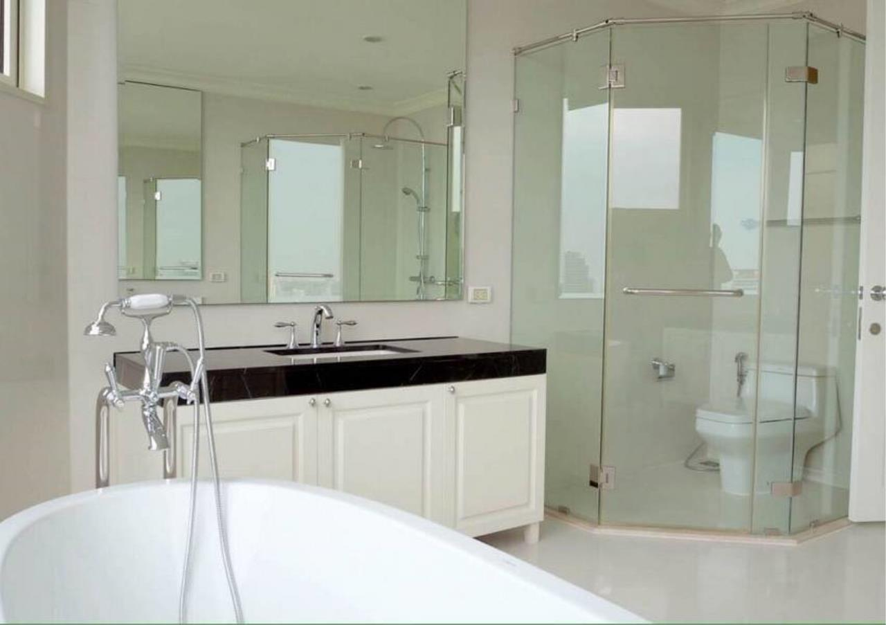 Bangkok Residential Agency's 5 Bed Penthouse For Sale in Phrom Phong BR6770CD 4