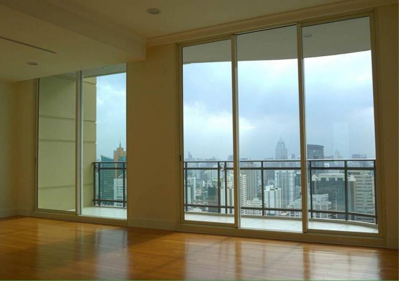 Bangkok Residential Agency's 5 Bed Penthouse For Sale in Phrom Phong BR6770CD 7