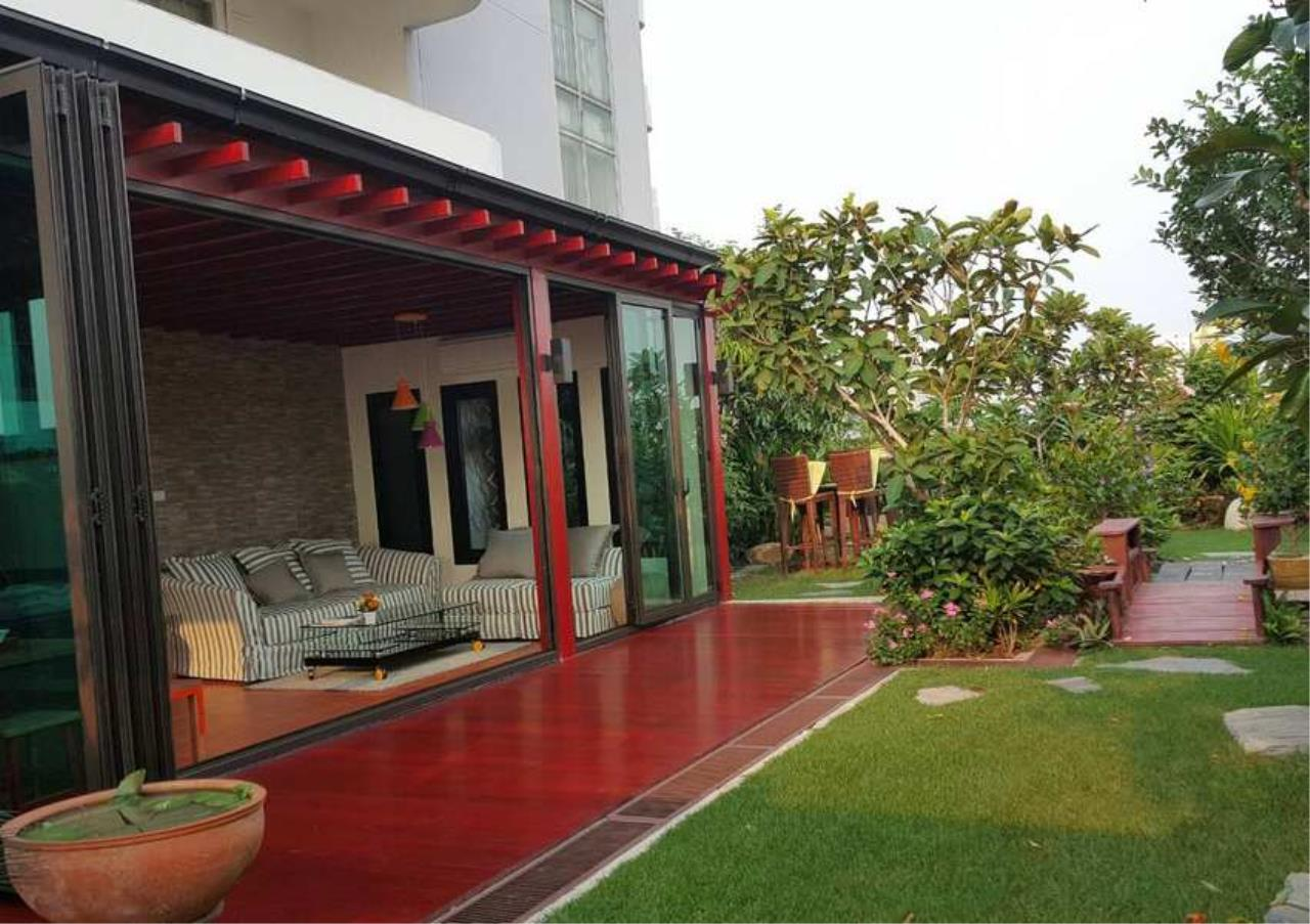 Bangkok Residential Agency's 3 Bed Condo For Rent in Phrom Phong BR6796CD 6