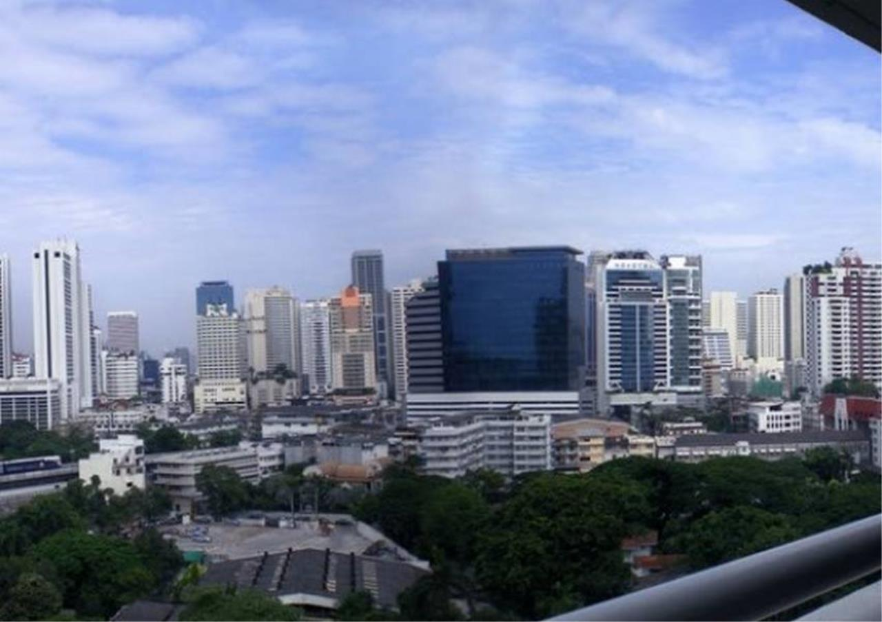 Bangkok Residential Agency's 3 Bed Condo For Rent in Phrom Phong BR6814CD 7