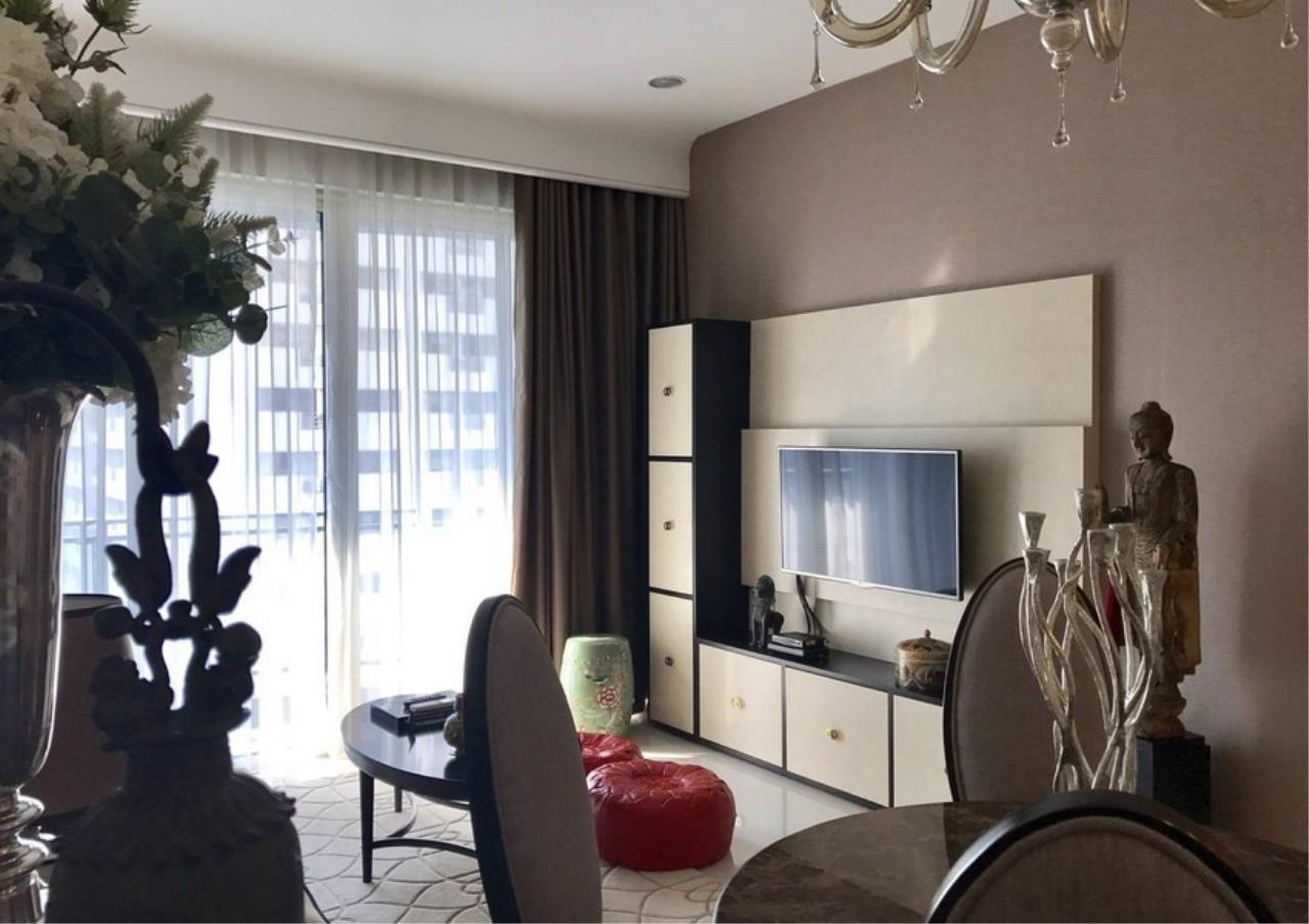 Bangkok Residential Agency's 2 Bed Condo For Rent in Chidlom BR6825CD 1