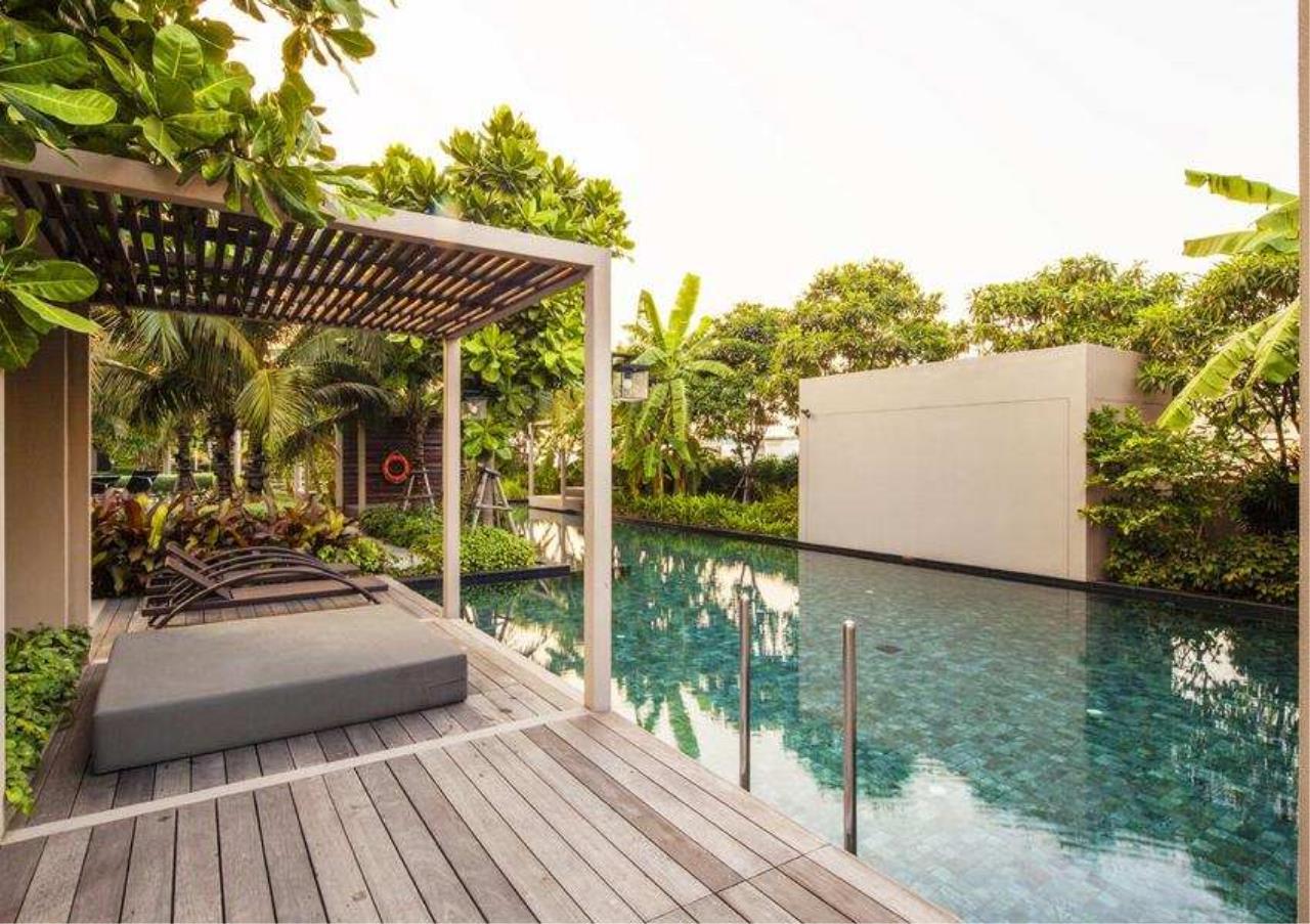 Bangkok Residential Agency's 3 Bed Condo For Rent Near Riverside BR6856CD 8