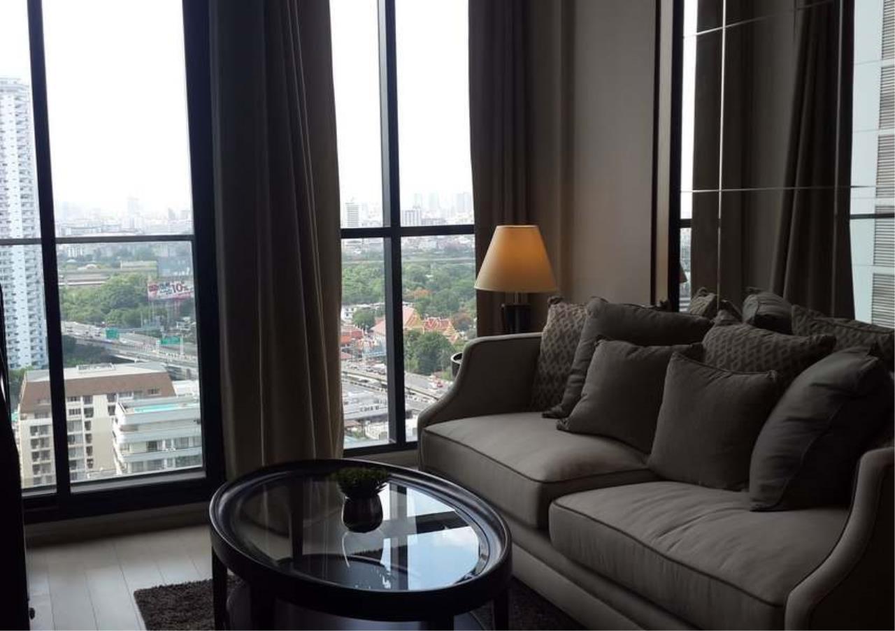 Bangkok Residential Agency's 1 Bed Condo For Rent in Phloenchit BR6860CD 1