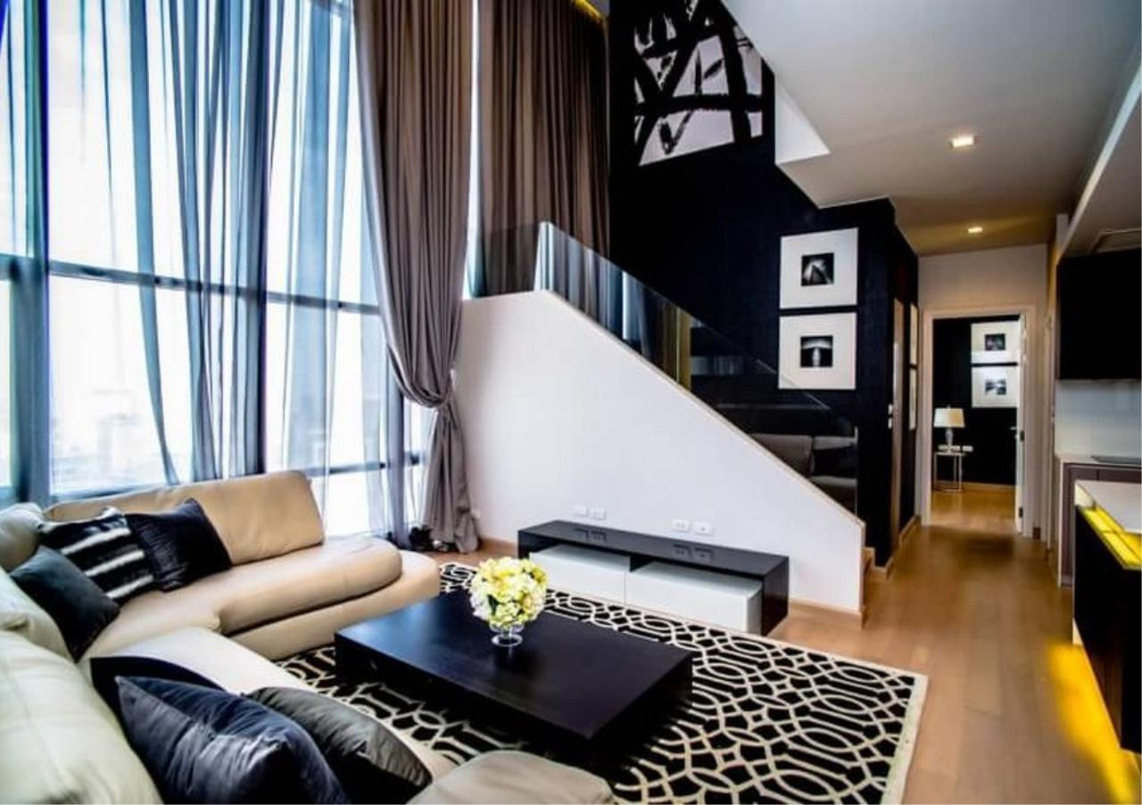 Bangkok Residential Agency's 3 Bed Duplex Condo For Rent Near Riverside BR6873CD 17