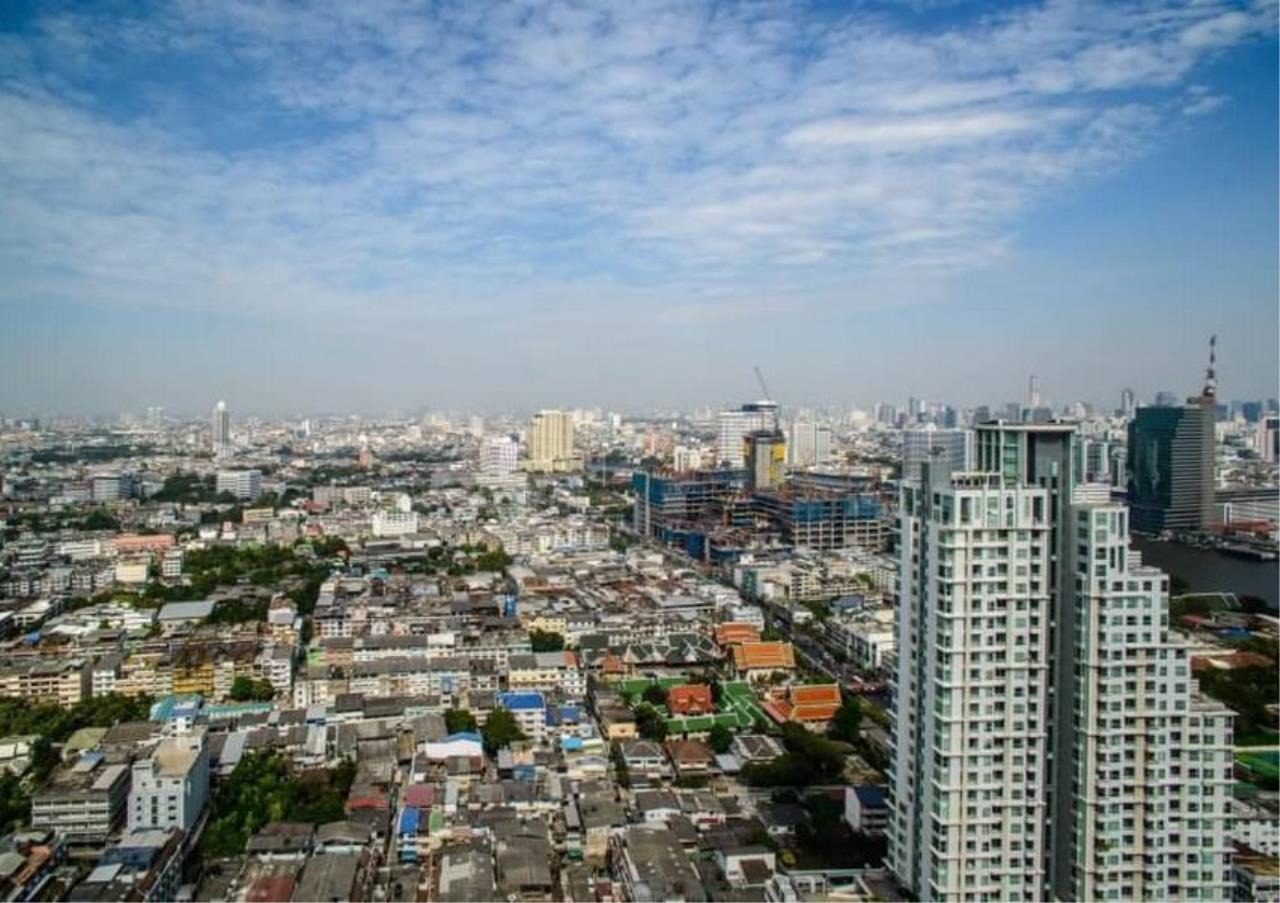 Bangkok Residential Agency's 3 Bed Duplex Condo For Rent Near Riverside BR6873CD 16
