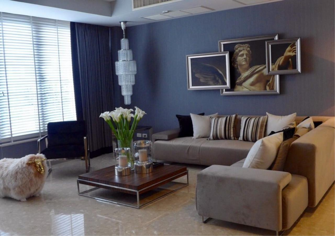Bangkok Residential Agency's 4 Bed Condo For Rent in Thonglor BR6893CD 3