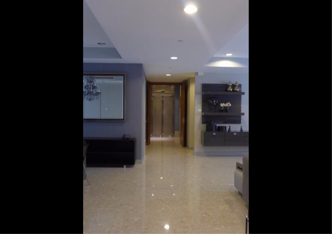 Bangkok Residential Agency's 4 Bed Condo For Rent in Thonglor BR6893CD 7