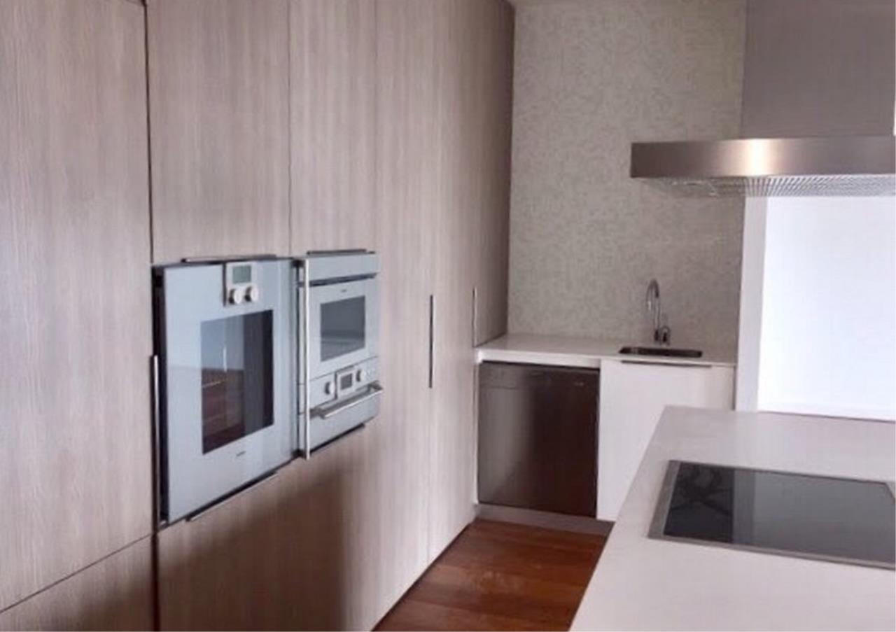 Bangkok Residential Agency's 3+1Bed Condo For Rent in Ratchadamri BR6917CD 3