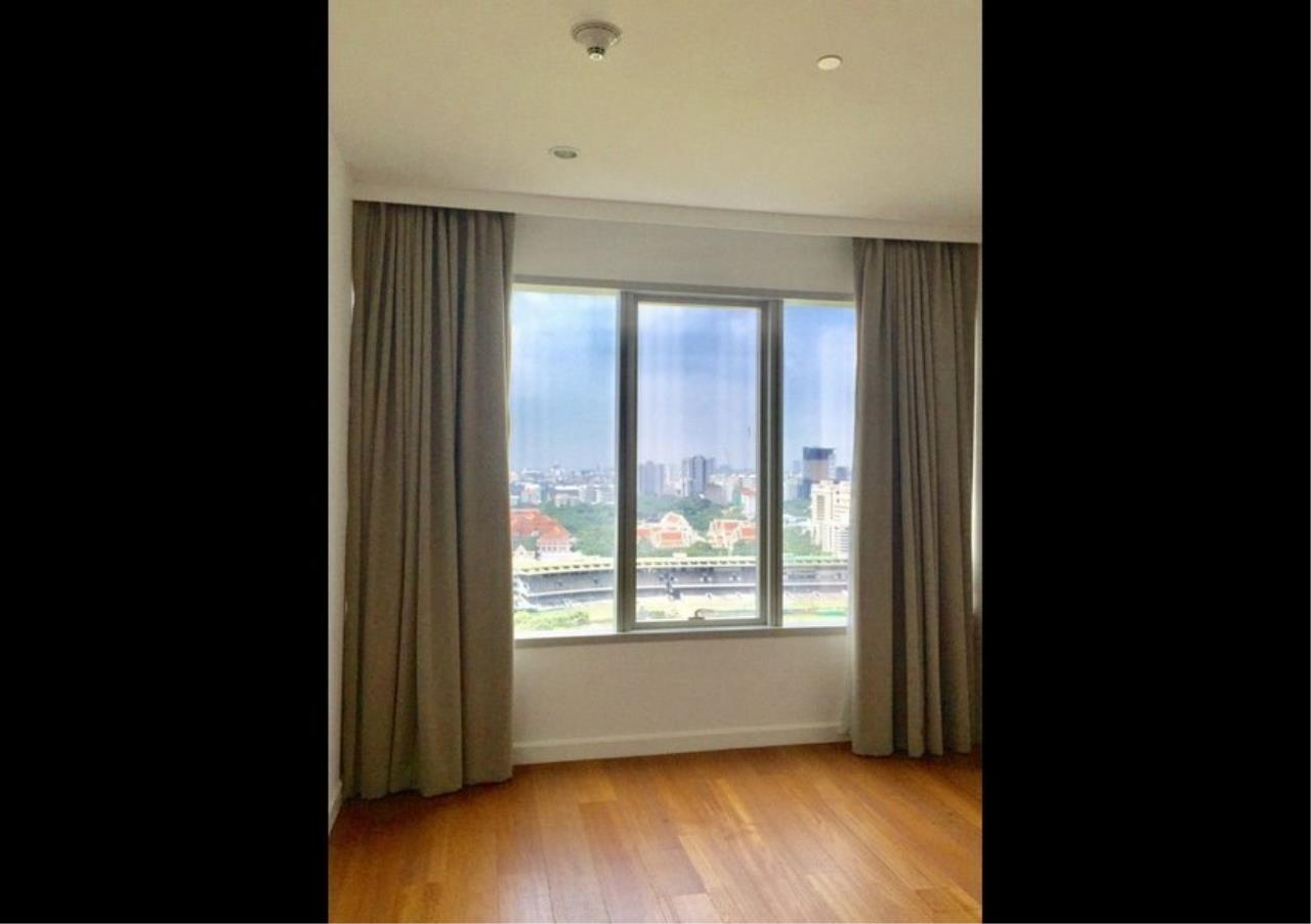 Bangkok Residential Agency's 3+1Bed Condo For Rent in Ratchadamri BR6917CD 5