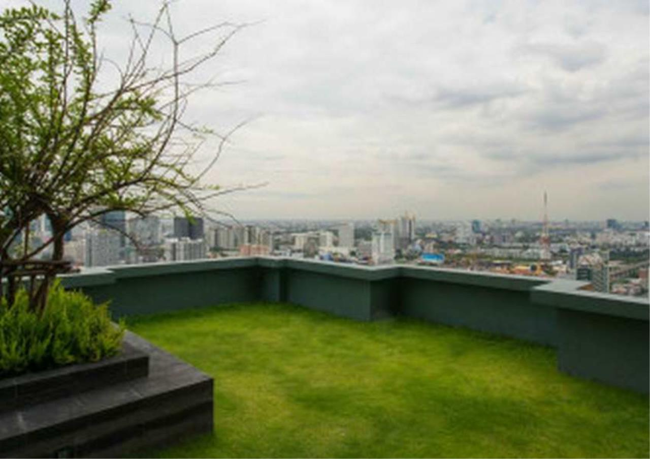 Bangkok Residential Agency's 1 Bed Duplex Condo For Rent in Phetchaburi BR6934CD 22