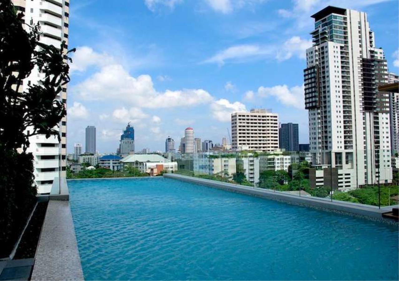 Bangkok Residential Agency's 2 Bed Condo For Rent in Phrom Phong BR6993CD 3