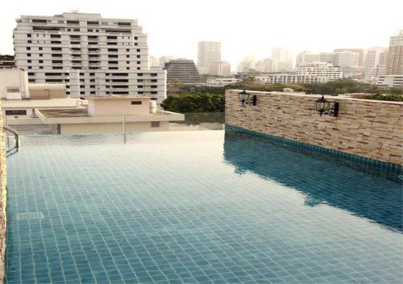 Bangkok Residential Agency's 1 Bed Serviced Apartment For Rent in Chidlom BR7014SA 1