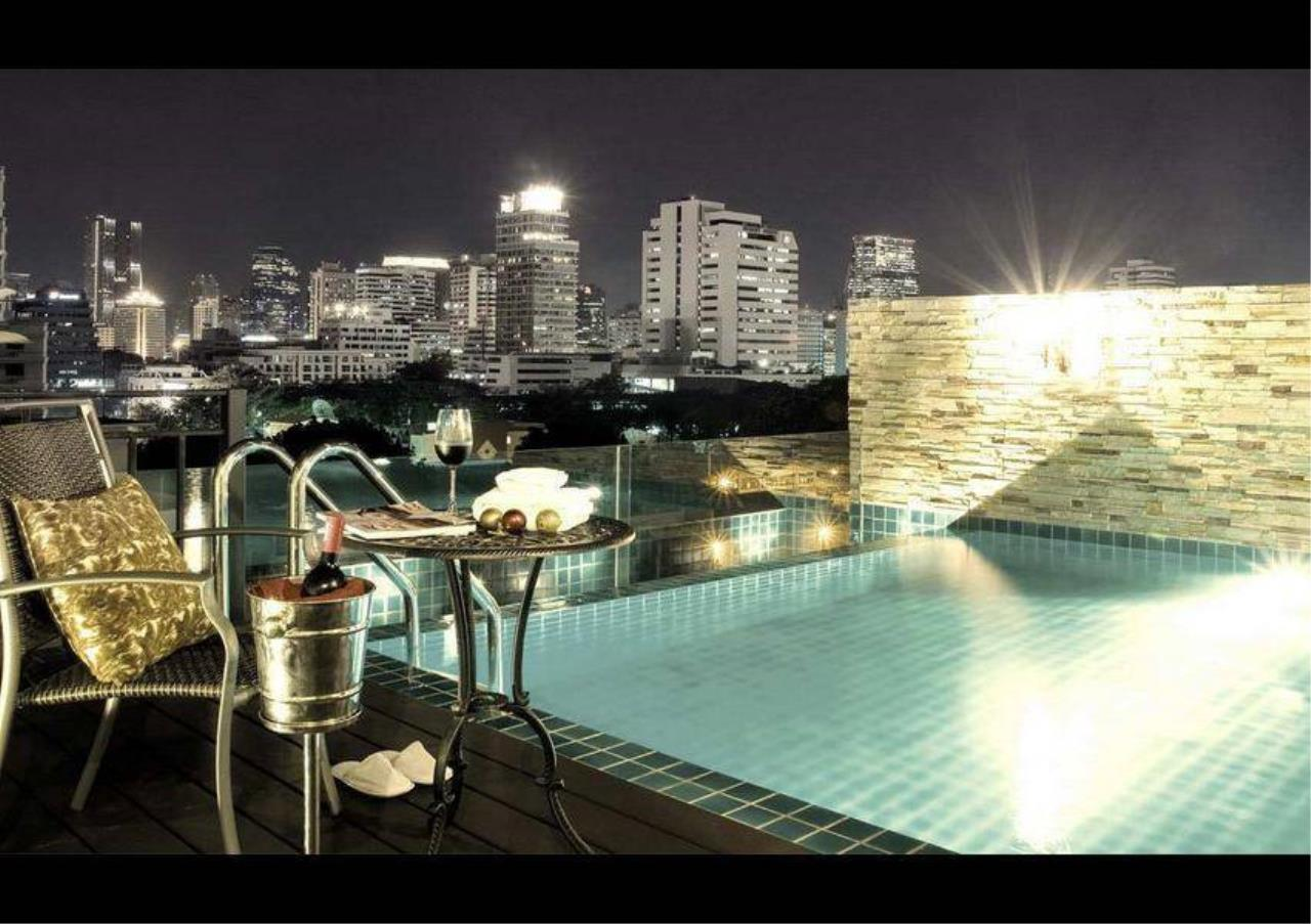 Bangkok Residential Agency's 2 Bed Serviced Apartment For Rent in Chidlom BR7016SA 5