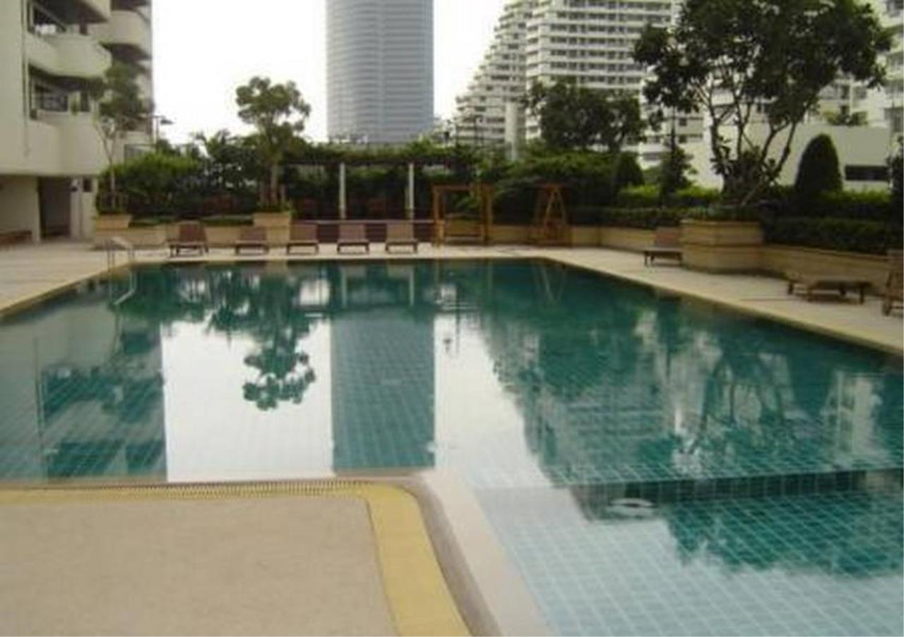 Bangkok Residential Agency's 4 Bed Serviced Apartment For Rent in Phrom Phong BR7025SA 12