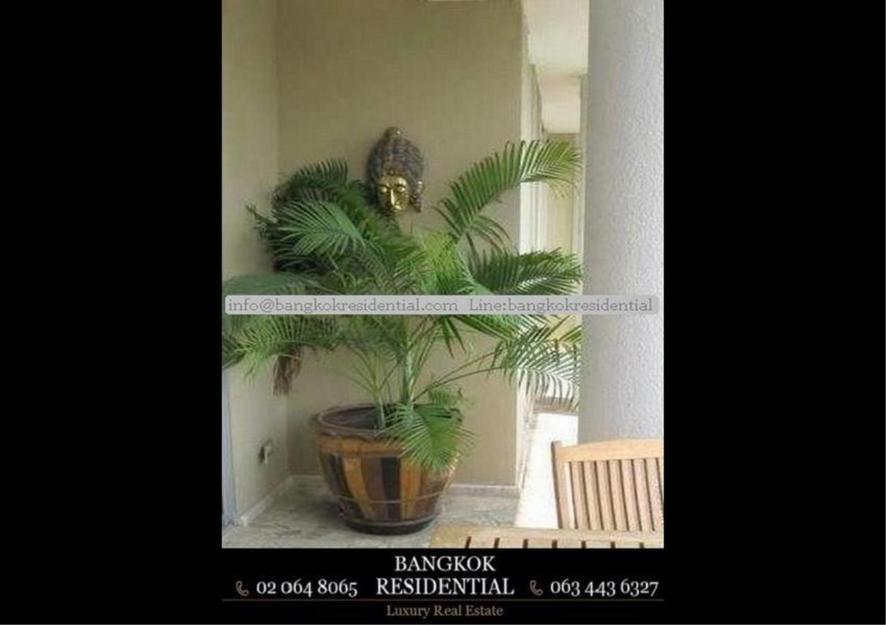Bangkok Residential Agency's 3 Bed Serviced Apartment For Rent in Asoke BR7026SA 9
