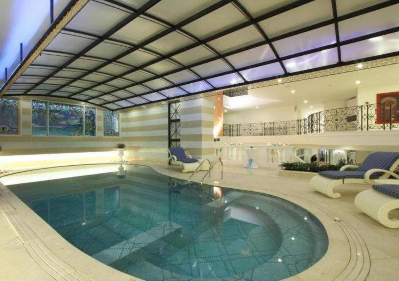 Bangkok Residential Agency's 4 Bed Serviced Apartment For Rent in Phrom Phong BR7058SA 17
