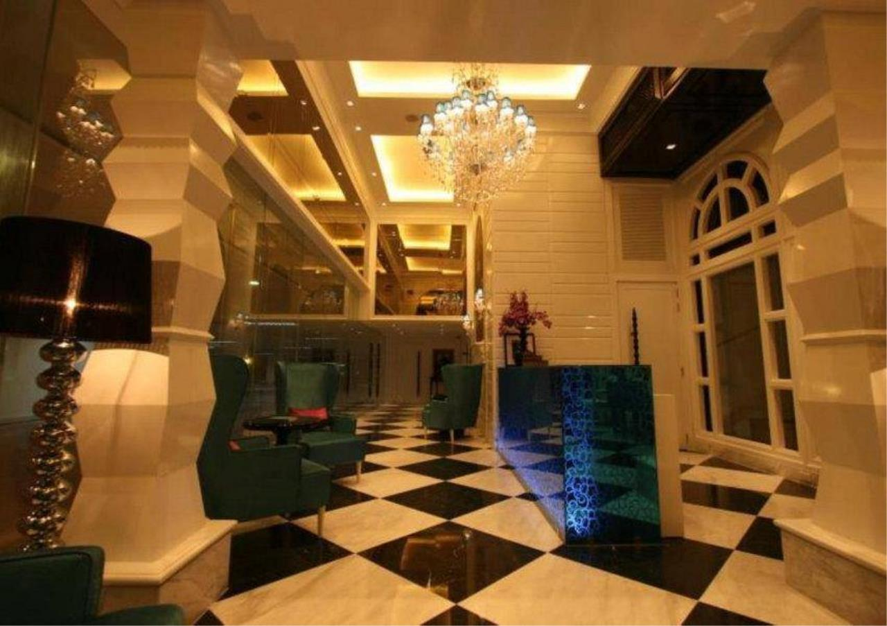 Bangkok Residential Agency's 4 Bed Serviced Apartment For Rent in Phrom Phong BR7058SA 19