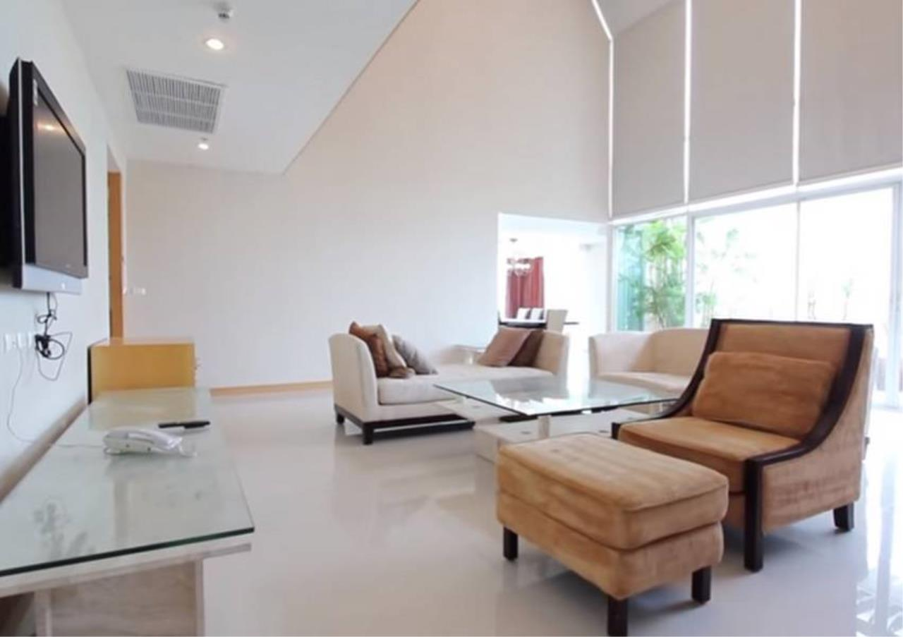 Bangkok Residential Agency's 4 Bed Serviced Apartment For Rent in Phrom Phong BR7059SA 1