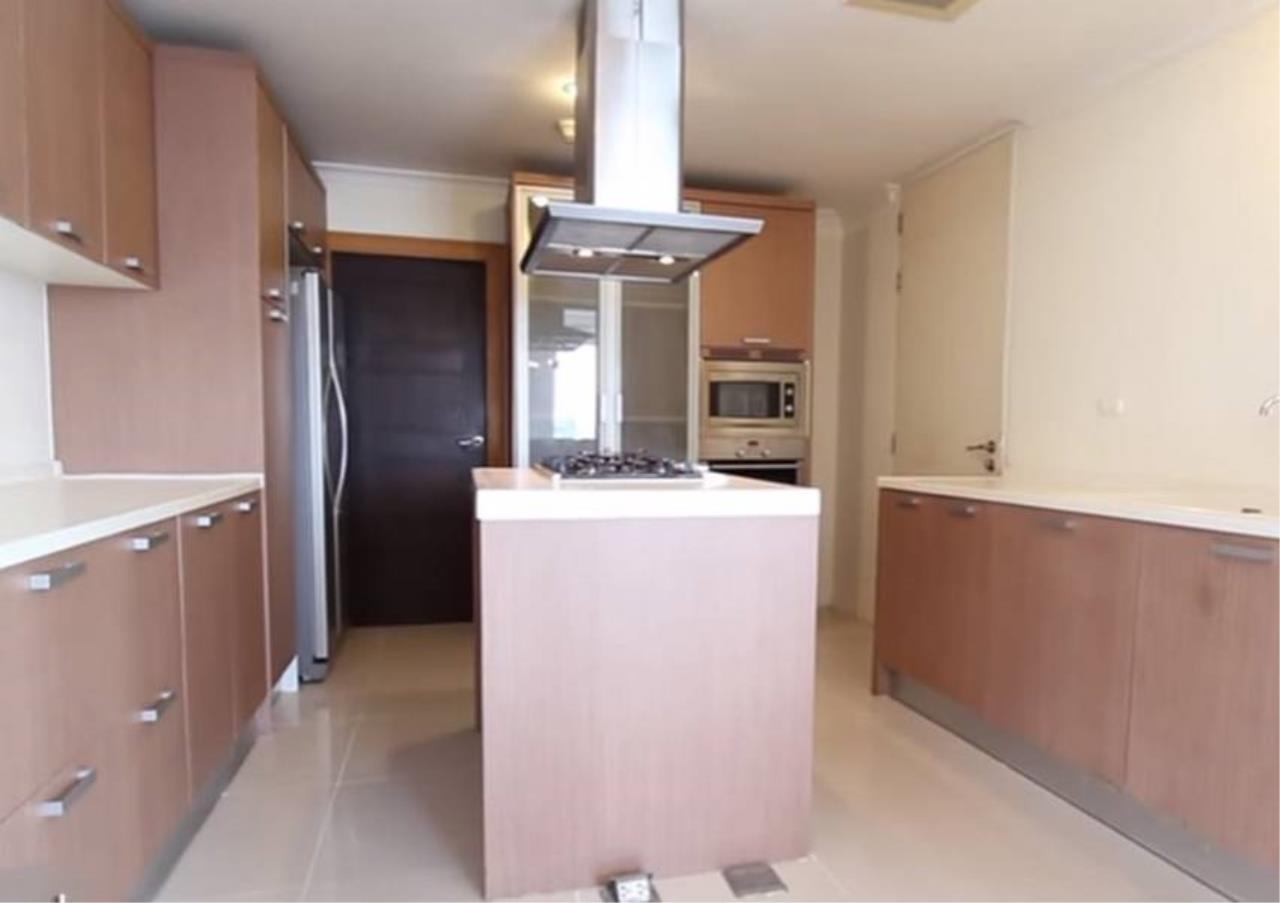 Bangkok Residential Agency's 4 Bed Serviced Apartment For Rent in Phrom Phong BR7059SA 3