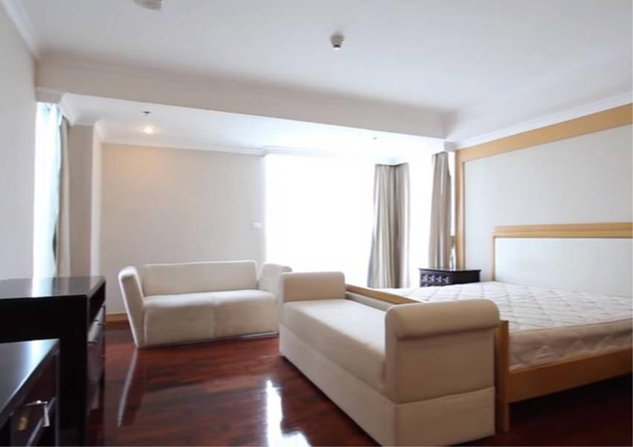 Bangkok Residential Agency's 4 Bed Serviced Apartment For Rent in Phrom Phong BR7059SA 4