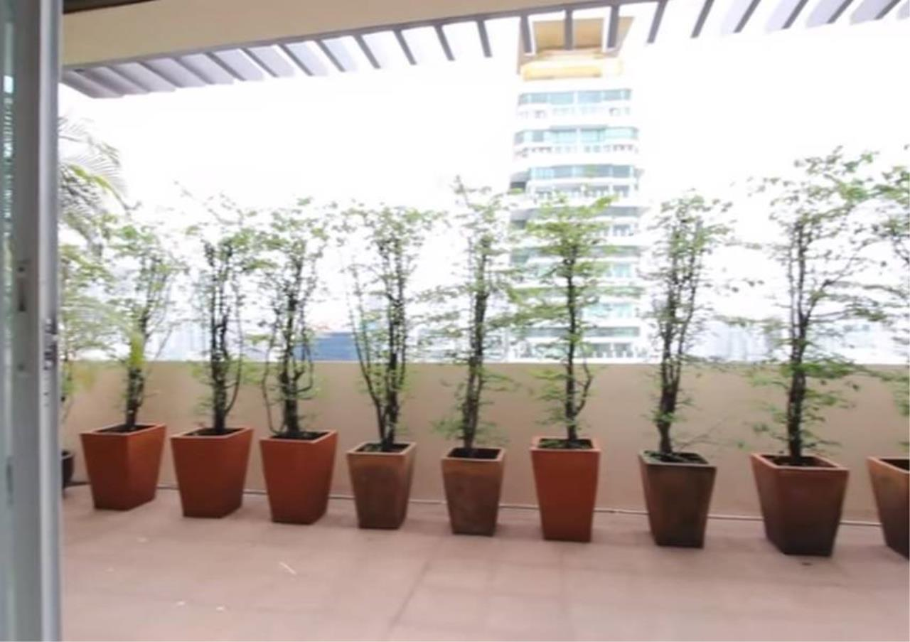 Bangkok Residential Agency's 4 Bed Serviced Apartment For Rent in Phrom Phong BR7059SA 7