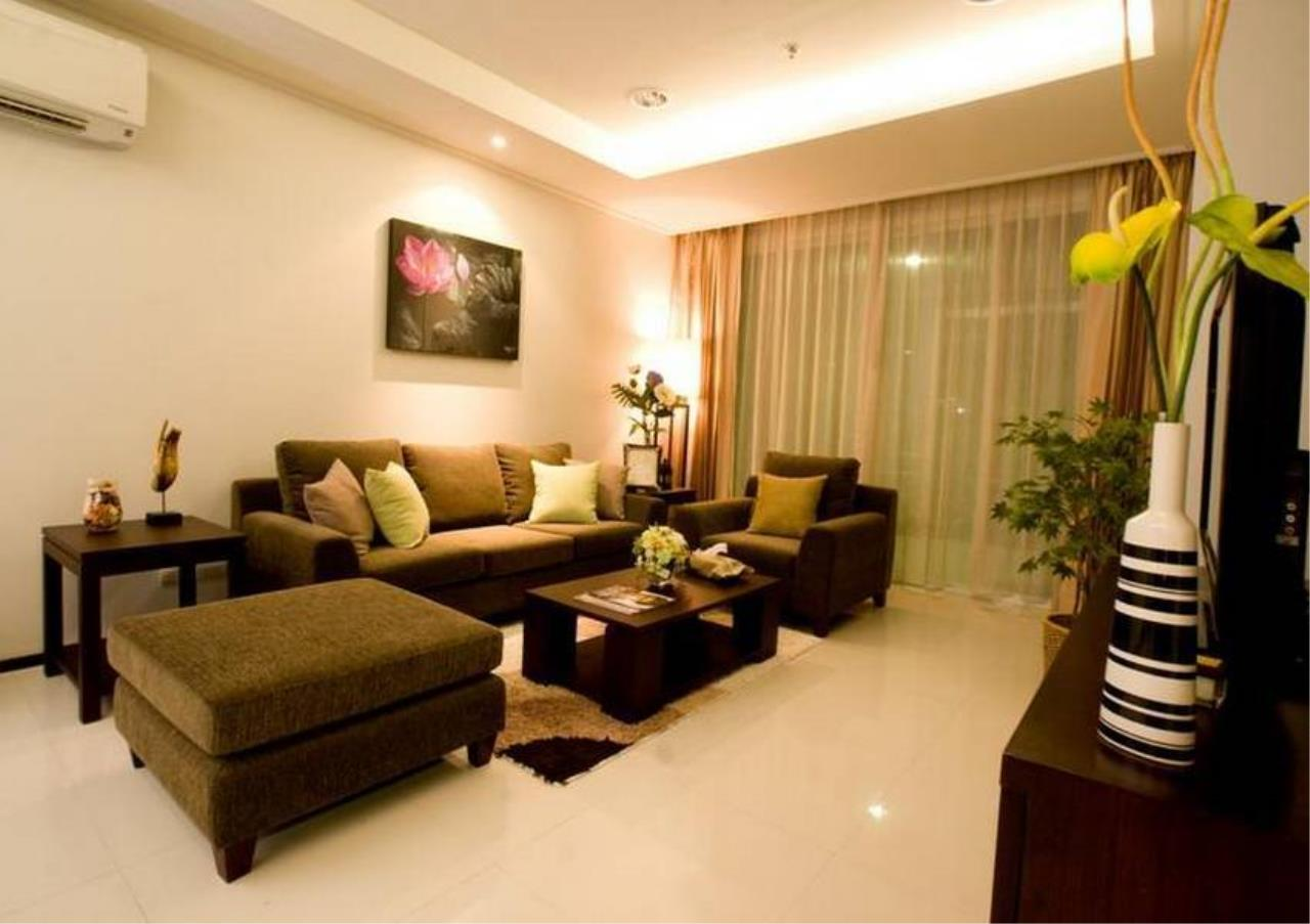 Bangkok Residential Agency's 4 Bed Serviced Apartment For Rent in Phrom Phong BR7075SA 2