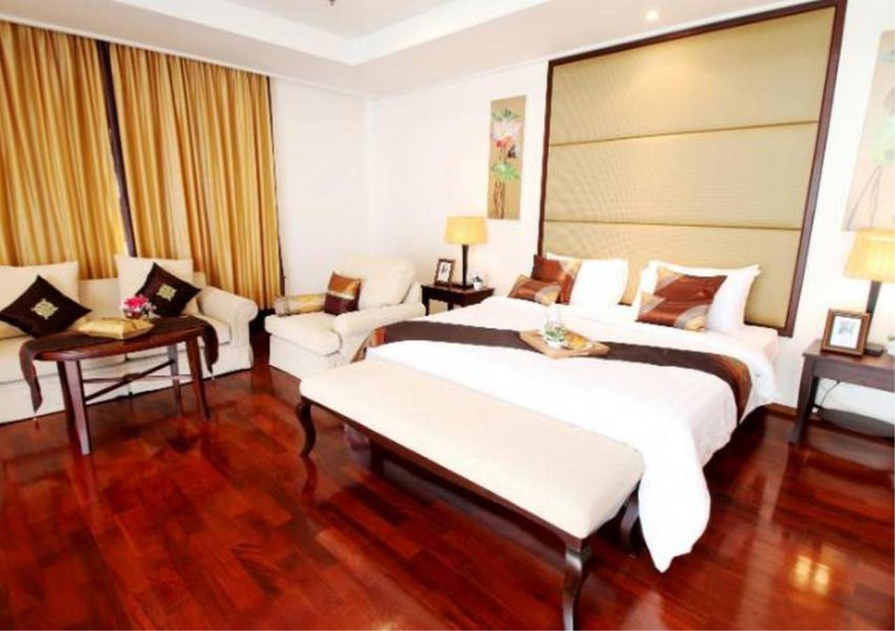 Bangkok Residential Agency's 4 Bed Serviced Apartment For Rent in Phrom Phong BR7075SA 3