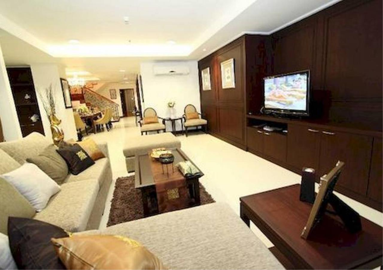 Bangkok Residential Agency's 4 Bed Serviced Apartment For Rent in Phrom Phong BR7075SA 10