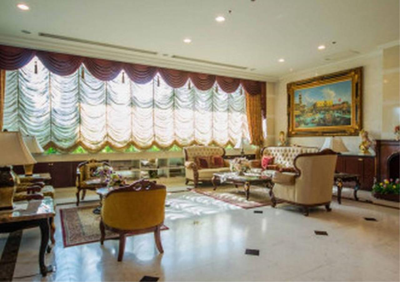 Bangkok Residential Agency's 4 Bed Serviced Apartment For Rent in Phrom Phong BR7075SA 16