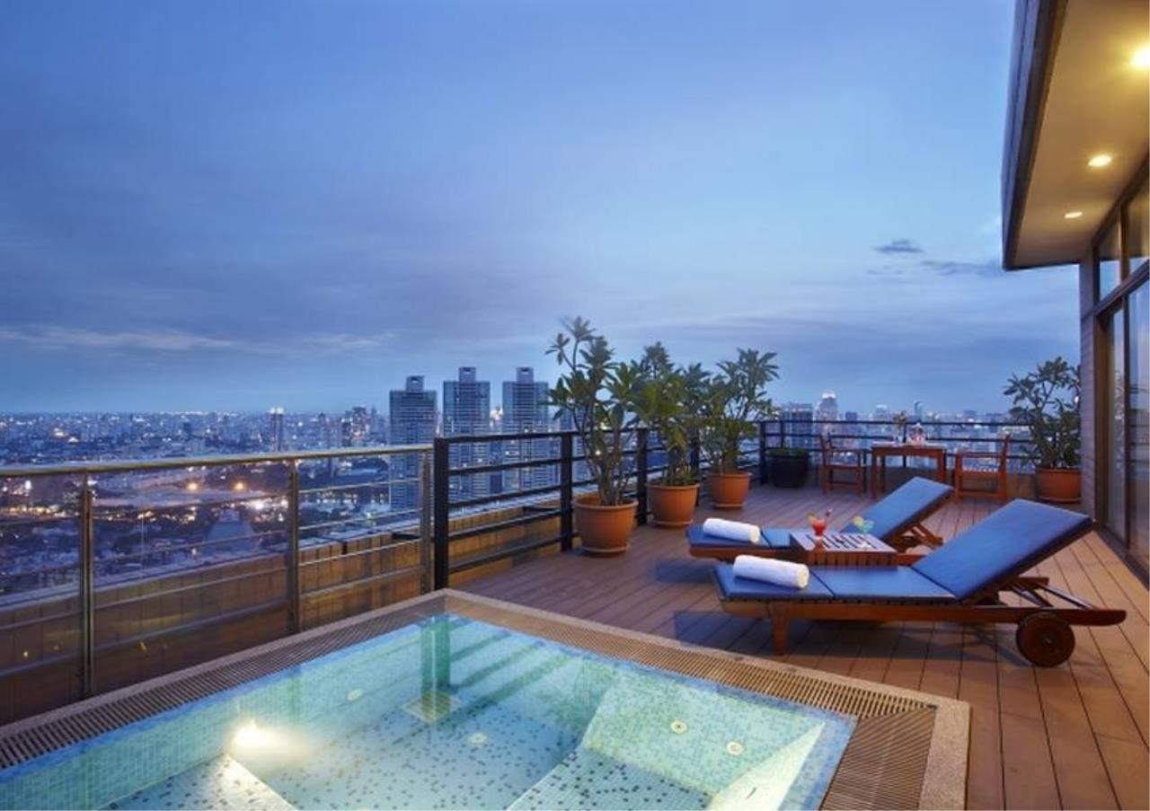 Bangkok Residential Agency's 2 Bed Serviced Apartment For Rent in Phrom Phong BR7096SA 8
