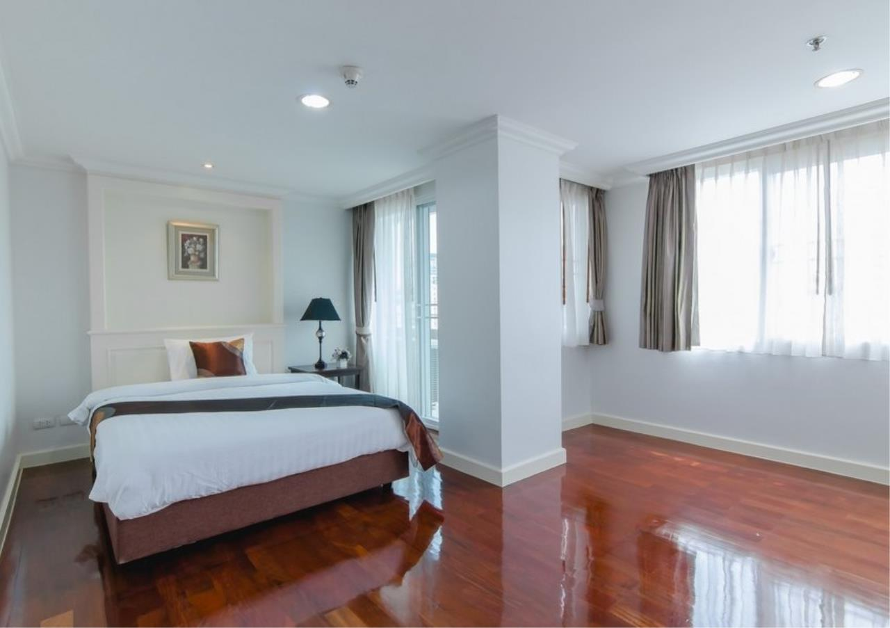 Bangkok Residential Agency's 4 Bed Serviced Apartment For Rent in Phrom Phong BR7101SA 8