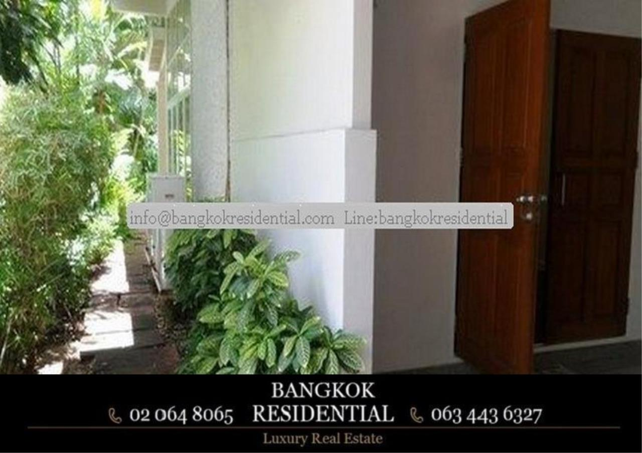 Bangkok Residential Agency's 3 Bed Single House For Rent in Ekkamai BR7666SH 6