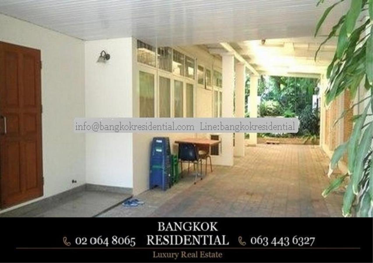 Bangkok Residential Agency's 3 Bed Single House For Rent in Ekkamai BR7666SH 9
