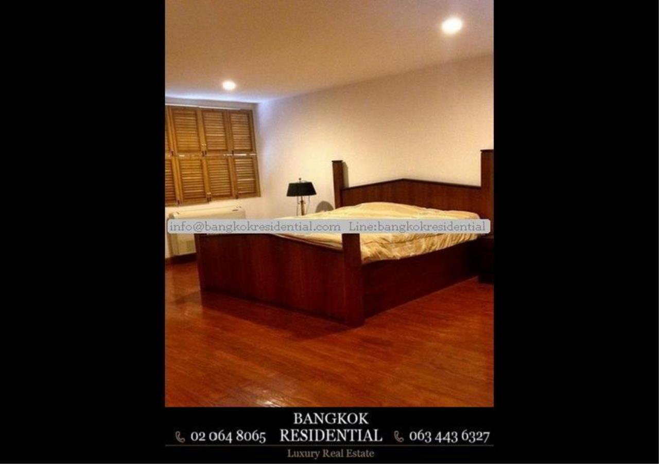 Bangkok Residential Agency's 4 Bed Single House in Compound For Rent in Thonglor BR7673SH 4